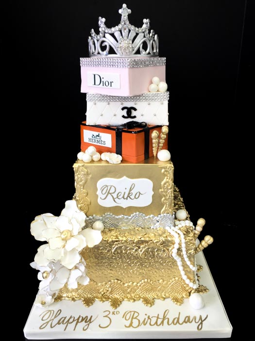 Personalized Cakes Patisserie Tillemont