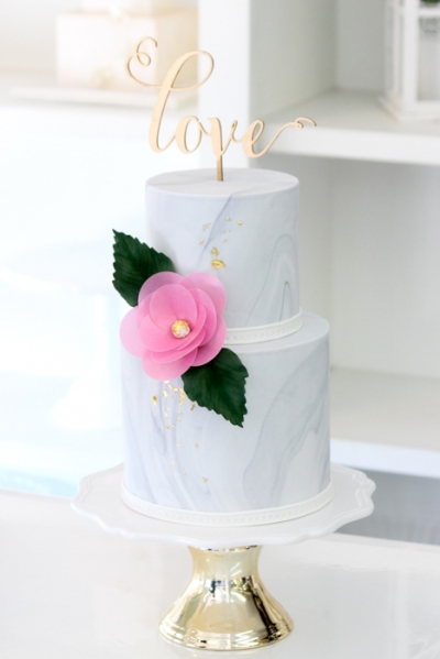 2-tier Gold Love