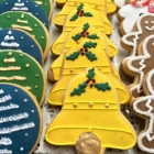 Ornament, Church Bells, Snowman and Gingerbread men - 3,25$
