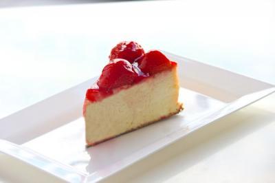 Gâteau au fromage et fraises